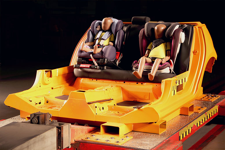 ADAC recommends a trip to a specialist dealer for child seats